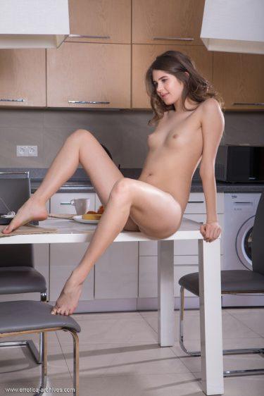 Luna Pica - Photo de femme nue