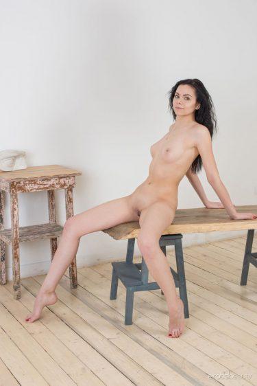 Milena E - Photo de femme nue
