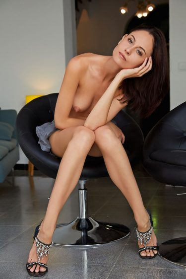 Sade Mare - Photo de femme nue